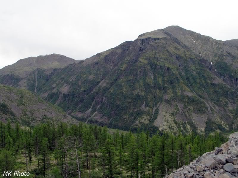 Горы на противоположной стороне долины