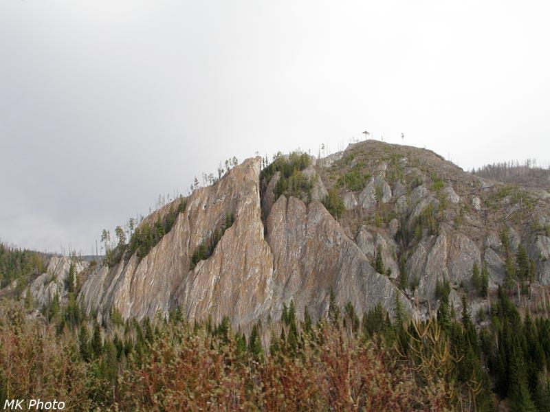 Скалы за р. Аскиз
