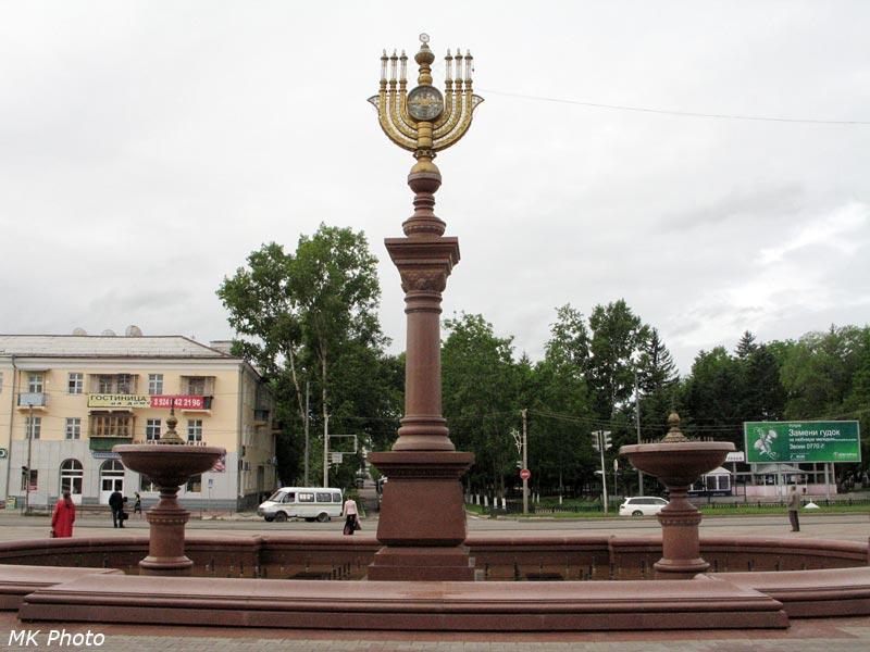 Сооружение на привокзальной площади