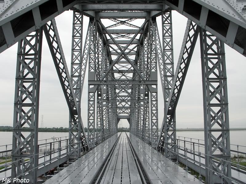 Пролёт Амурского моста