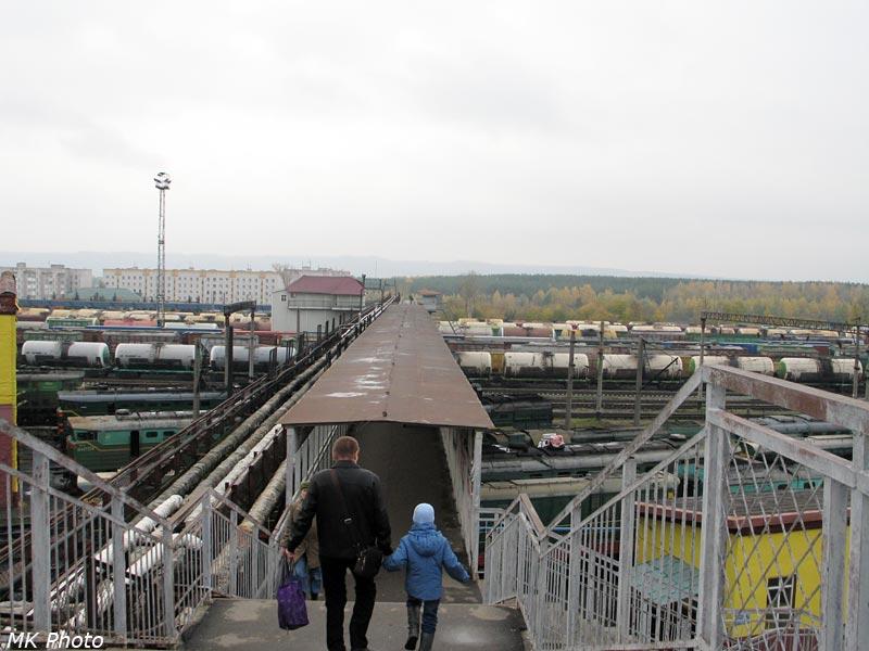 Пешеходный мост на ст. Юдино