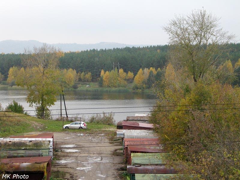 Вид на залив Куйбышевского вдхр. с пешеходного моста ст. Юдино