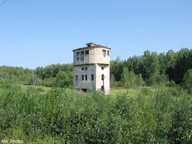 Водонапорная башня на бывшей станции Янгарка