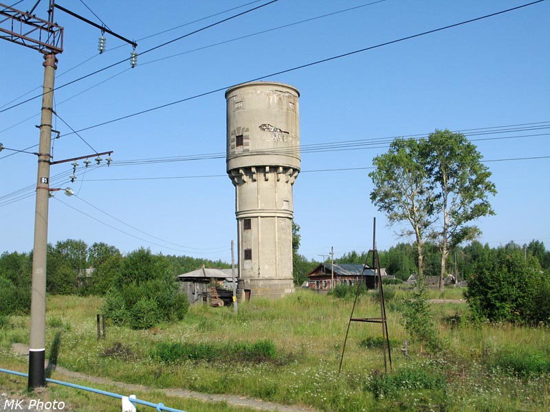 Водонапорная башня на станции Ежиха