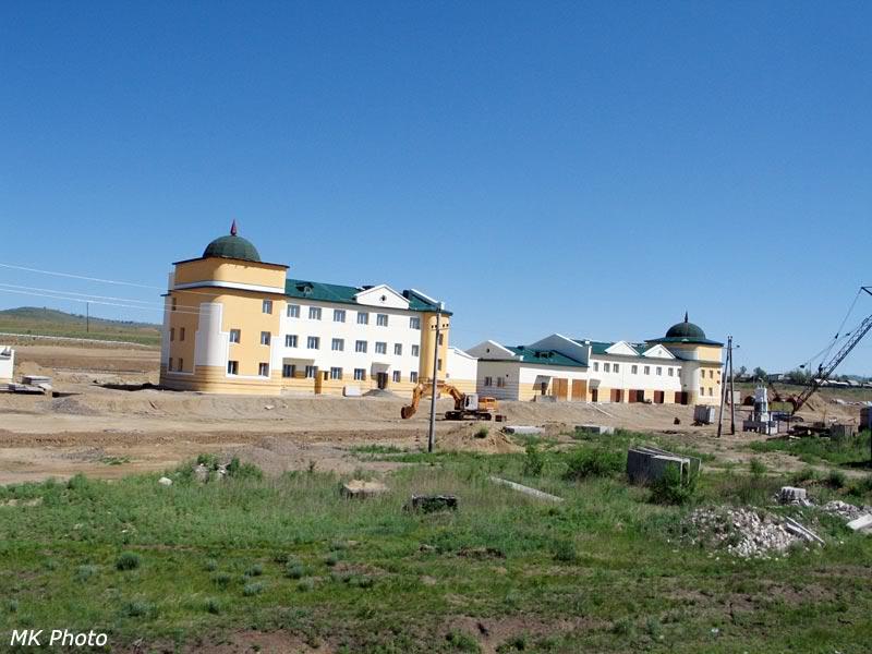 Железнодорожные постройки западнее Карымской